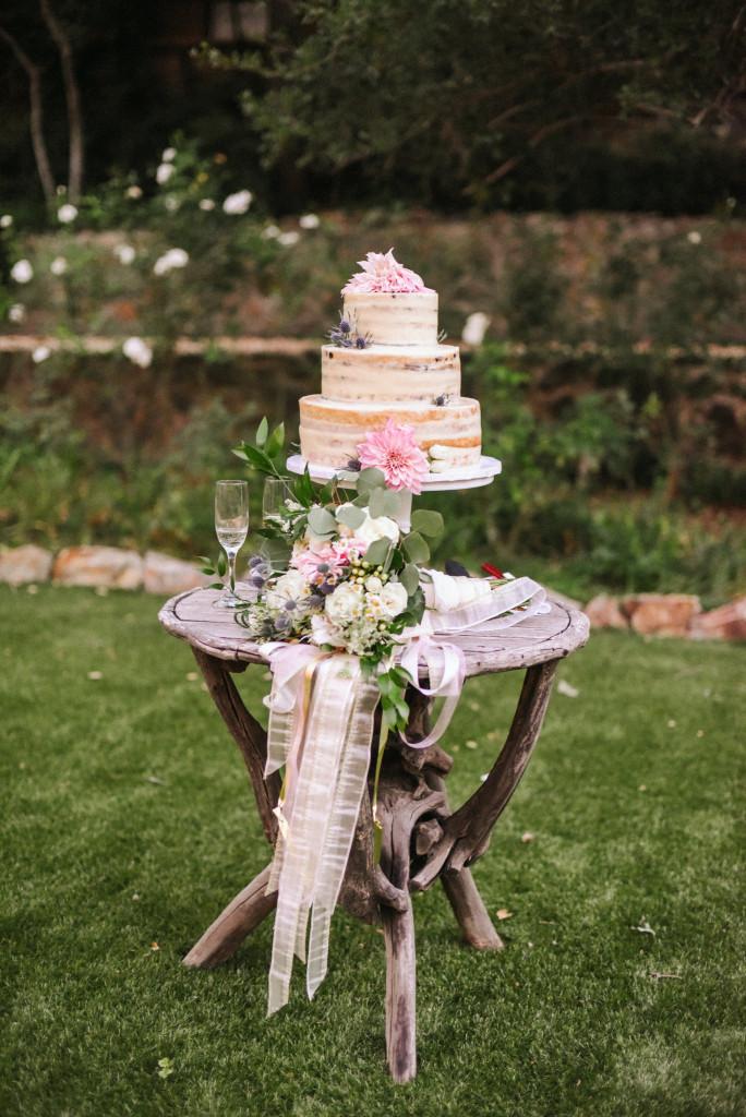 Oak-Canyon-Ranch-wedding-cake